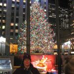 Betti vor dem Nat. Christmas Tree im Dezember 2013