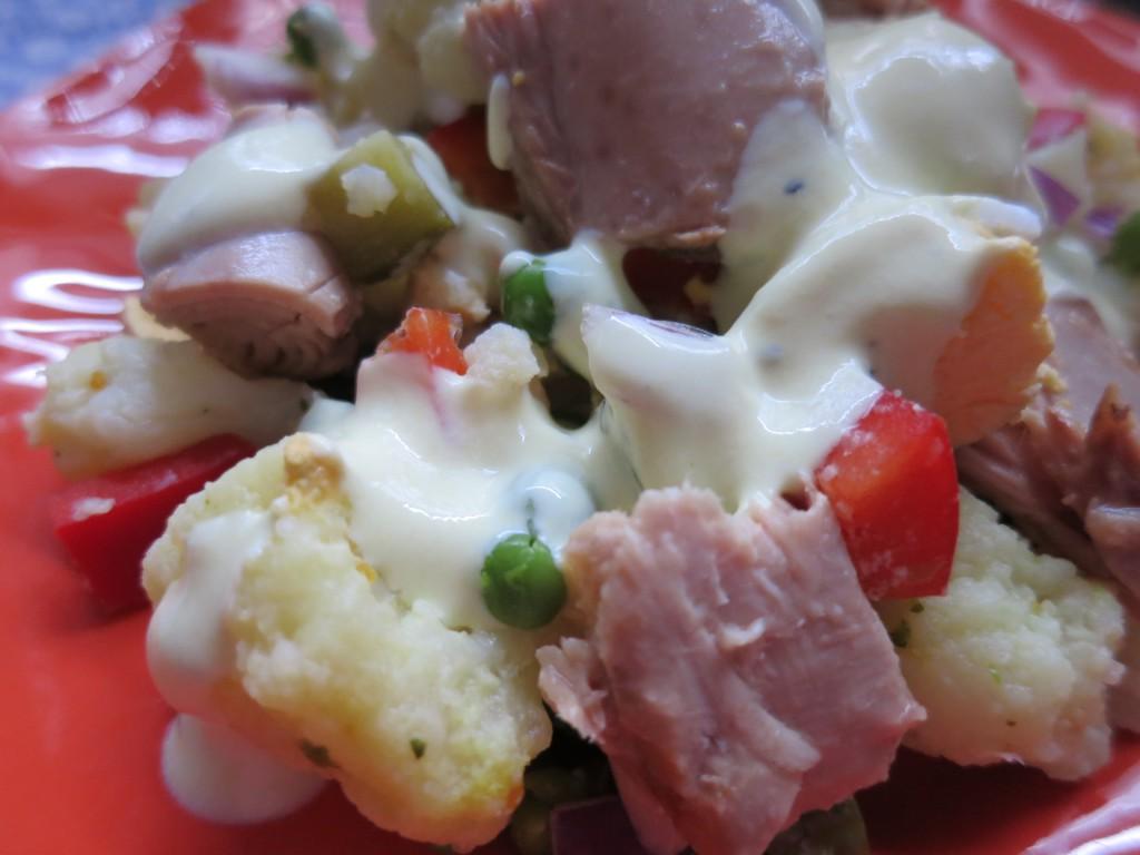 thunfisch blumenkohl salat happy carb rezepte. Black Bedroom Furniture Sets. Home Design Ideas