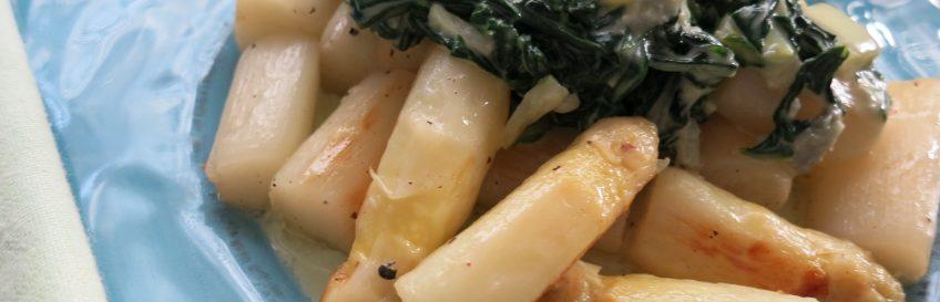 Spargel mit Mangold-Gorgonzolacreme