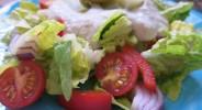 Bunter Salat mit Makrelencreme