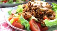 Cevapcici-Salat