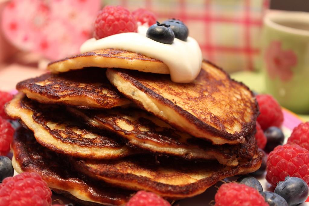 low carb pancakes pfannkuchen mit vanille happy carb rezepte. Black Bedroom Furniture Sets. Home Design Ideas