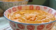 Thai-Kuerbissuppe mit Garnelen
