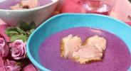 Glühwein-Rotkohlsuppe mit Entenbrust
