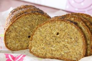 Chia-Leinsamen-Hüttenkäse-Brot