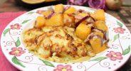 Zwiebel-Sahne-Schnitzel mit deftiger Bratrübe
