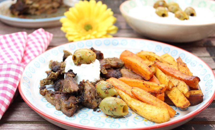 Gyros vom Spieß mit Gemüse-Pommes und Tzatziki