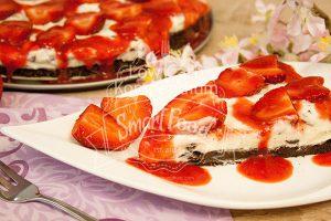 erdbeer-stracciatella-kuchen-detail