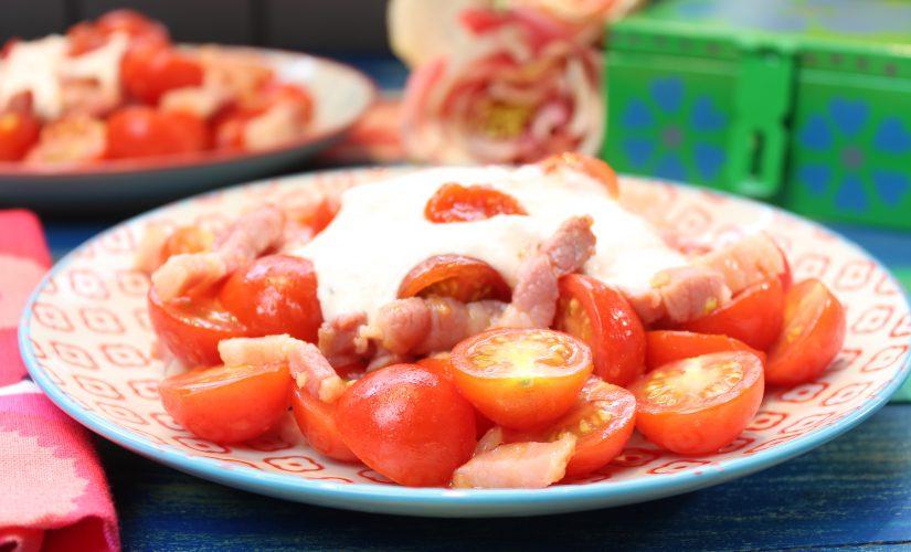 Lauwarmer Tomatensalat mit Sweet-Bacon