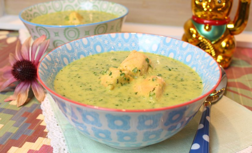 Spinat-Currysuppe mit Lachs