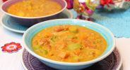 Veganer Curry-Linseneintopf
