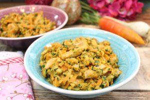 One-Pot Gemüse-Hähnchen-Erdnuss