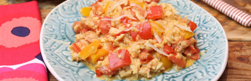 Tomaten-Paprika-Blumenkohlpfanne