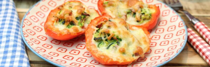 Gefüllte Schinken-Zucchini-Paprikas
