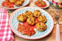 Mini-Gemüsemuffins mit Tomaten-Salsa