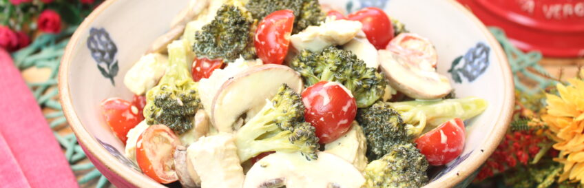 Keto-Hähnchen-Brokkolisalat