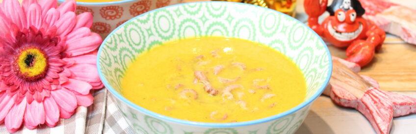 Kokos-Curry-Chicoréesuppe mit Krabben